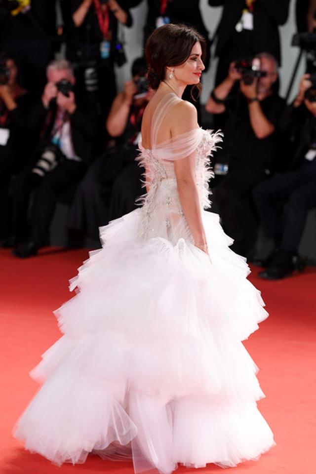 Penelope Cruz trẻ đẹp đáng ngưỡng mộ - 10
