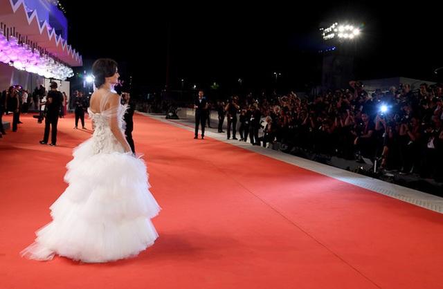 Penelope Cruz trẻ đẹp đáng ngưỡng mộ - 11