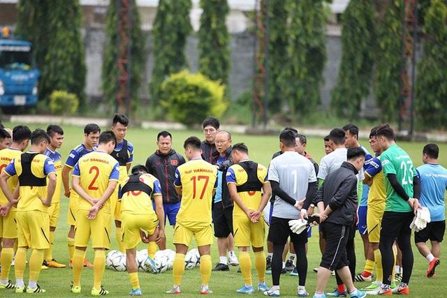 HLV Park Hang Seo sẽ dùng đội hình nào ở cuộc đấu với Thái Lan? - 1