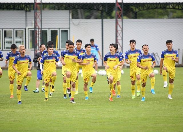 HLV Park Hang Seo sẽ dùng đội hình nào ở cuộc đấu với Thái Lan? - 2