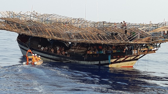 Tàu câu mưc của ngư dân Quảng Nam bị chìm ở Trường Sa