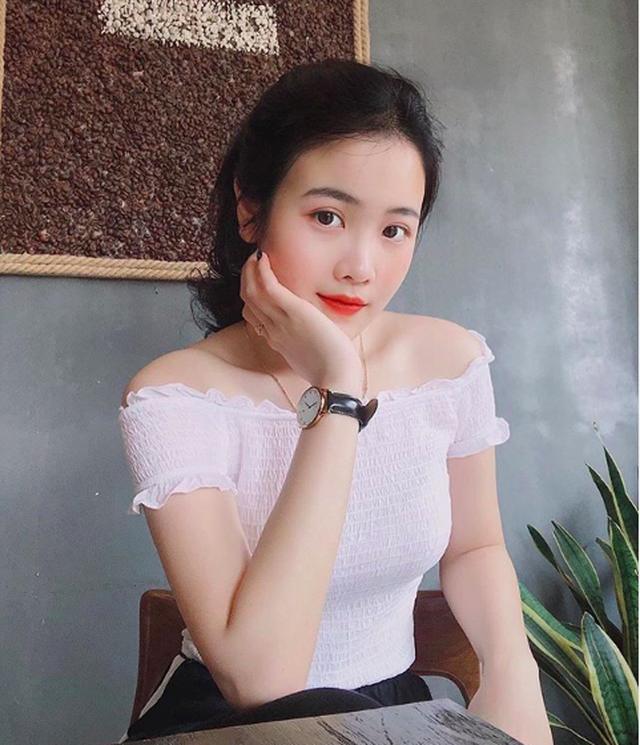 Bạn gái Đoàn Văn Hậu khóc ròng vì bị mất tài khoản Facebook - 7