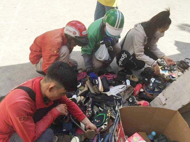 Chợ ở Sài Gòn, khách đến chỉ việc lấy đồ, không cần trả tiền - 6