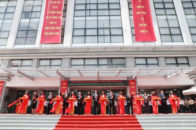 Quảng Ninh khánh thành trụ sở Trung tâm phục vụ hành chính công 150 tỷ đồng - 1