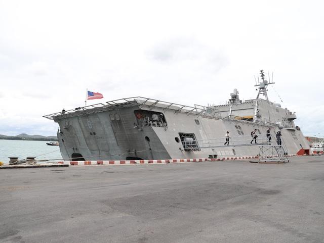 Tàu tuần duyên hiện đại nhất của Hải quân Mỹ diễn tập với ASEAN - 1