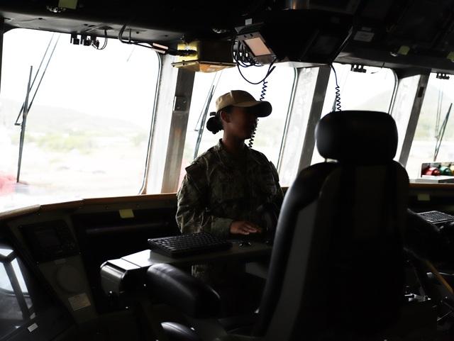 Tàu tuần duyên hiện đại nhất của Hải quân Mỹ diễn tập với ASEAN - 4