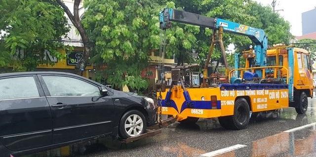 Thành phố Vinh thất thủ vì mưa lớn kéo dài nhiều ngày - 8
