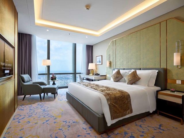 Xem pháo hoa mừng Quốc khánh từ khách sạn cao nhất Đông Nam Á - 4