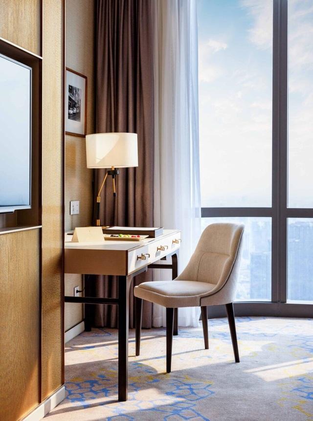 Xem pháo hoa mừng Quốc khánh từ khách sạn cao nhất Đông Nam Á - 5