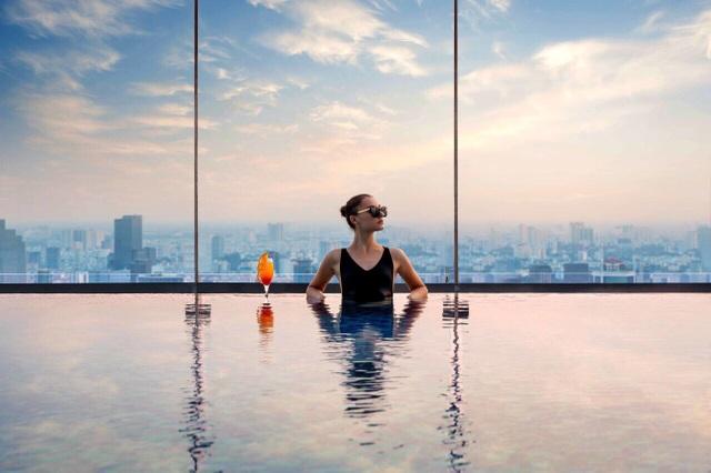Xem pháo hoa mừng Quốc khánh từ khách sạn cao nhất Đông Nam Á - 8