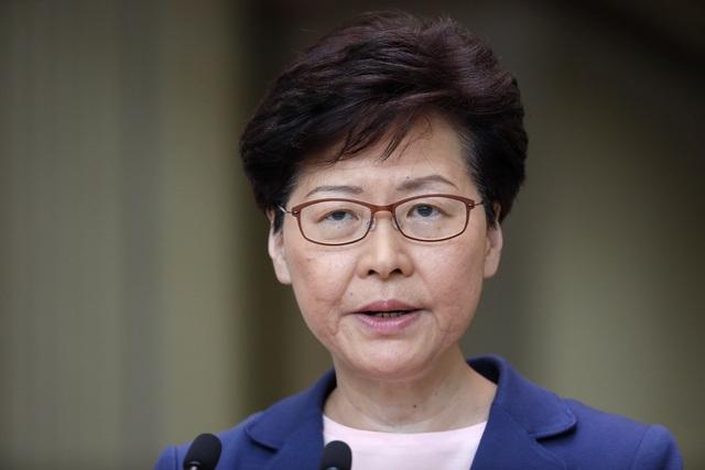 Lãnh đạo Hong Kong chính thức rút dự luật dẫn độ sau 13 tuần sóng gió - 1