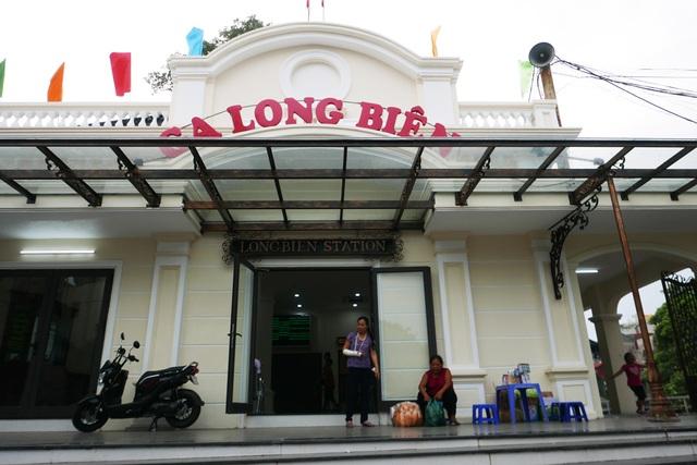 Ga Long Biên thành điểm check-in hấp dẫn sau khi có diện mạo mới - 3
