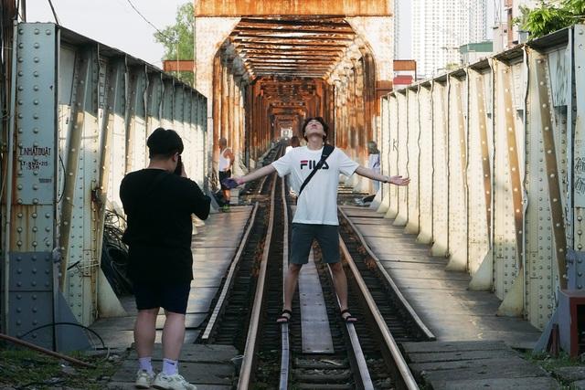 Ga Long Biên thành điểm check-in hấp dẫn sau khi có diện mạo mới - 10