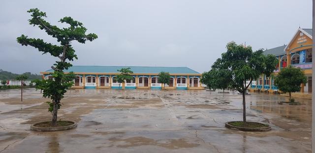 Nhiều trường sẽ hoãn khai giảng năm học mới vì mưa lũ - 6