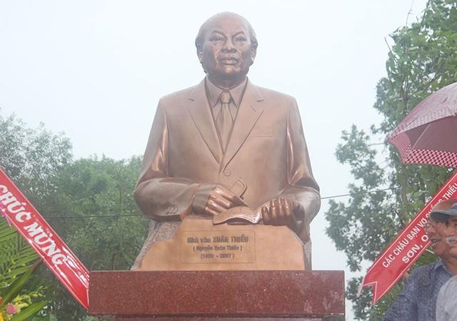 Khánh thành tượng nhà văn Xuân Thiều - 2