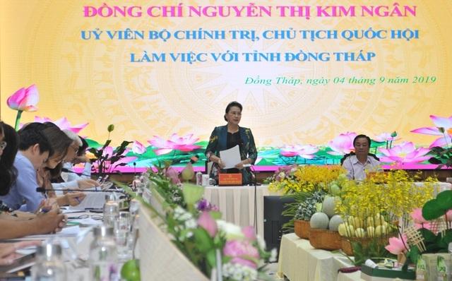 Chủ tịch Quốc hội Nguyễn Thị Kim Ngân đánh giá cao mô hình Hội quán ở Đồng Tháp - 5