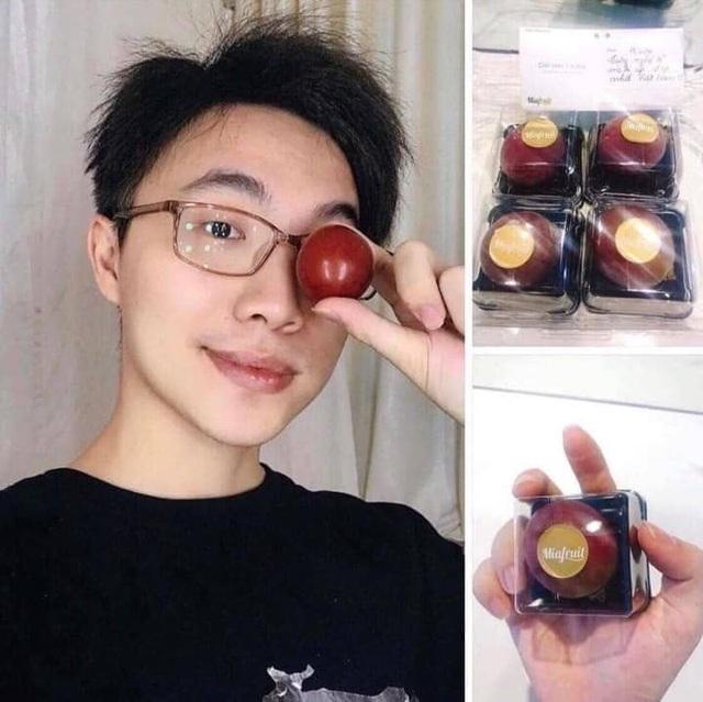 Nho đắt nhất thế giới 11 triệu/chùm, nhà giàu Việt mua lẻ 1 quả ăn thử - 2