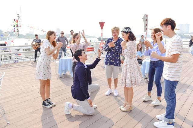 Diễn viên Bình An cầu hôn bạn gái bằng....sổ tiết kiệm - 2
