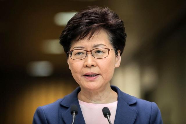 Hong Kong có thể rút dự luật dẫn độ vào chiều nay - 1