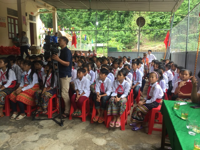 Khai giảng sớm ở ngôi trường khó khăn nơi vùng lòng hồ thủy điện Bản Vẽ - 3
