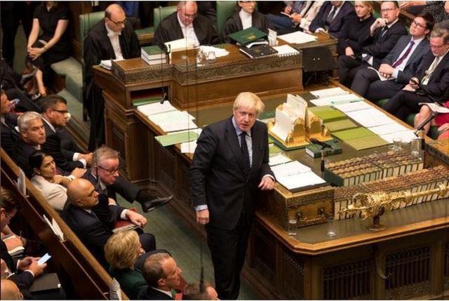 Thủ tướng Anh gặp thất bại đầu tiên, kêu gọi tổng tuyển cử - 1