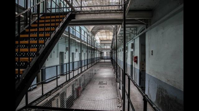 """Ngủ qua đêm ở nhà tù """"ma ám"""", từng được coi là """"nỗi ám ảnh kinh hoàng"""" - 2"""