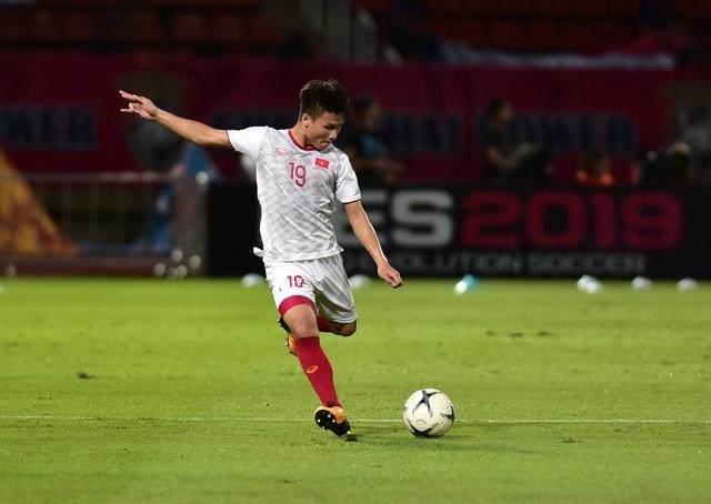 Thái Lan 0-0 Việt Nam: Bất phân thắng bại - 19