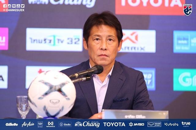 """HLV Akira Nishino được trao """"quyền lực tối thượng"""" ở đội tuyển Thái Lan - 2"""