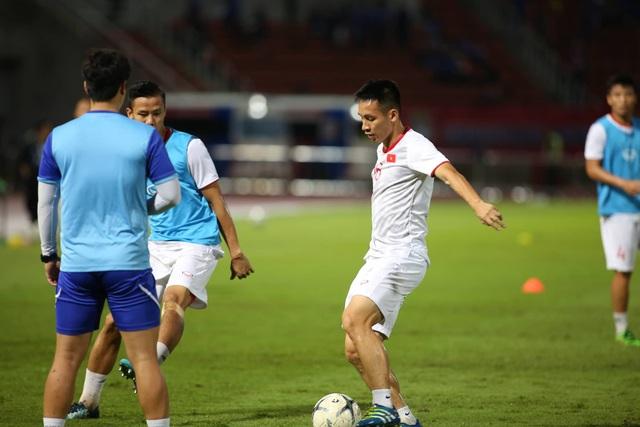 Thái Lan 0-0 Việt Nam: Bất phân thắng bại - 14