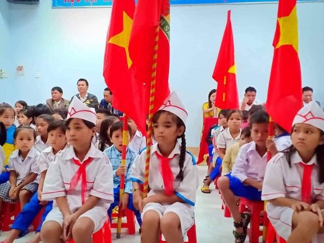 Dù mưa lũ, học sinh Quảng Trị vẫn tham gia ngày hội khai trường - 2