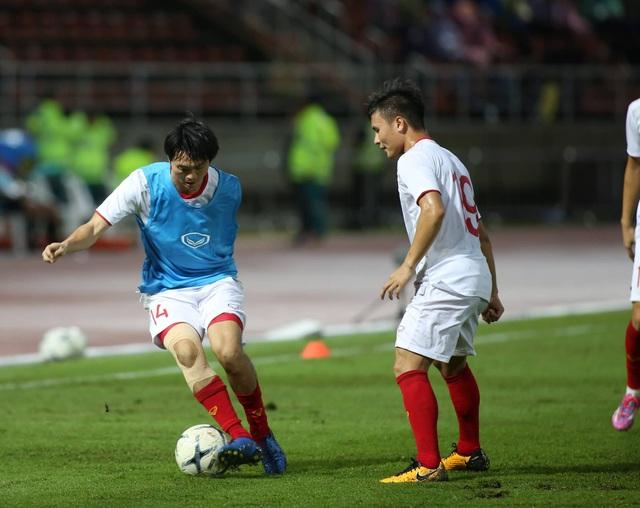 Thái Lan 0-0 Việt Nam: Bất phân thắng bại - 11