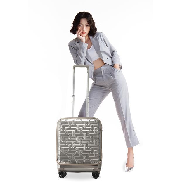 Chuỗi bán lẻ sản phẩm về hành lý LUG: Tốc độ phát triển cửa hàng tăng gần 150% so với cùng kì năm ngoái - 3