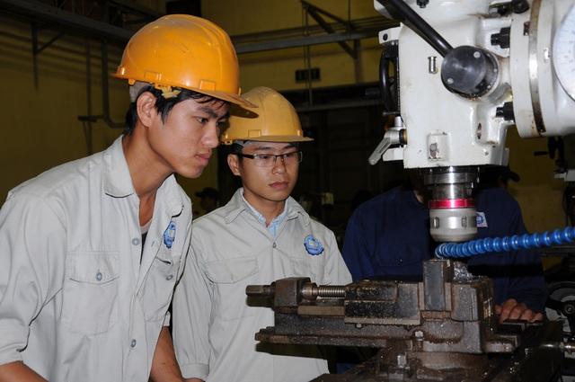 Quảng Ngãi: Hỗ trợ 100 % chi phí đào tạo sơ cấp và dưới 3 tháng - 1
