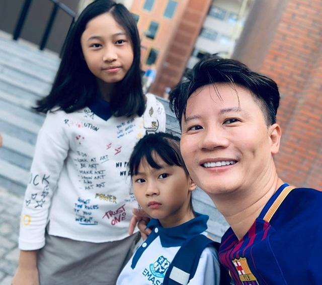 Sao Việt đưa con đến trường ngày khai giảng - 8