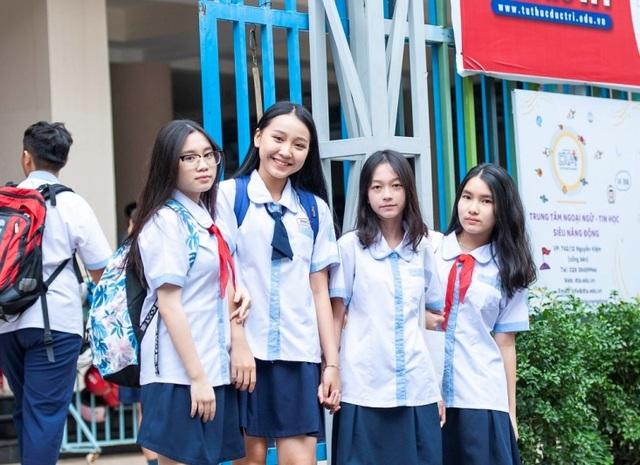 Đọ sắc dàn hot girl học đường trong ngày khai giảng - 3