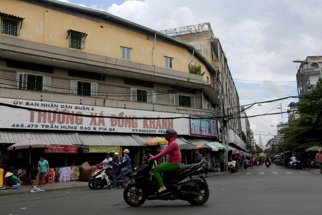 Ghé thăm con đường tơ lụa lâu đời nhất Sài Gòn - 1