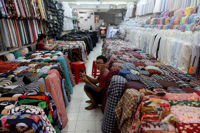 Ghé thăm con đường tơ lụa lâu đời nhất Sài Gòn - 2