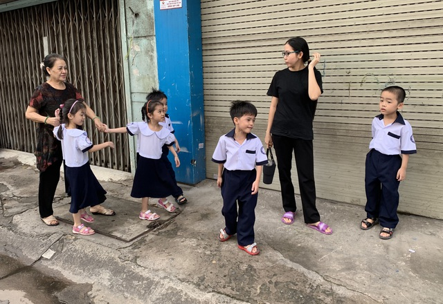 Những đứa trẻ ca sinh 5 đầu tiên ở Việt Nam trong lễ khai giảng vào lớp 1 - 5