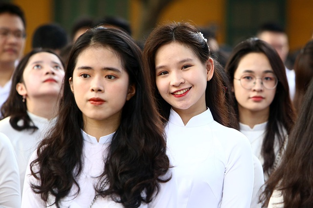 Trường THPT Chu Văn An công bố chứng nhận ID Trường thành viên Cambridge trong lễ khai giảng - 10