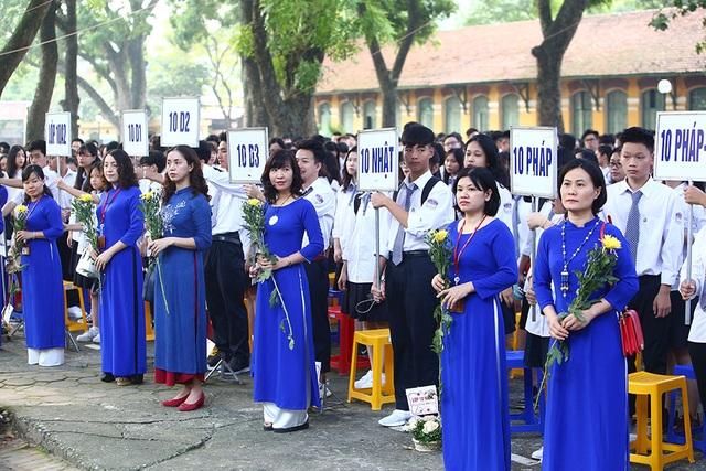 Trường THPT Chu Văn An công bố chứng nhận ID Trường thành viên Cambridge trong lễ khai giảng - 2