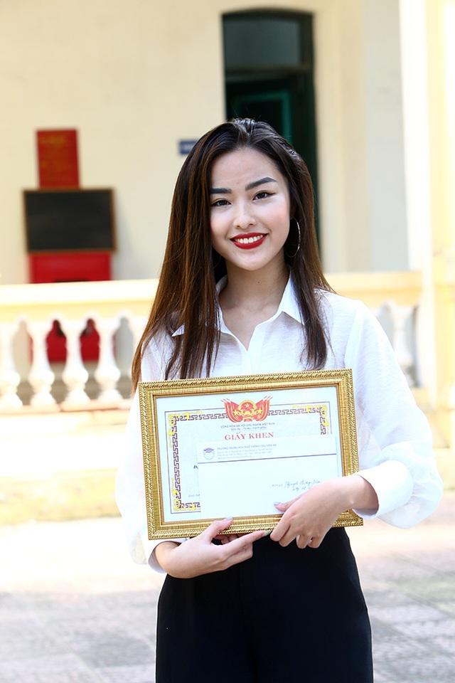 Trường THPT Chu Văn An công bố chứng nhận ID Trường thành viên Cambridge trong lễ khai giảng - 8