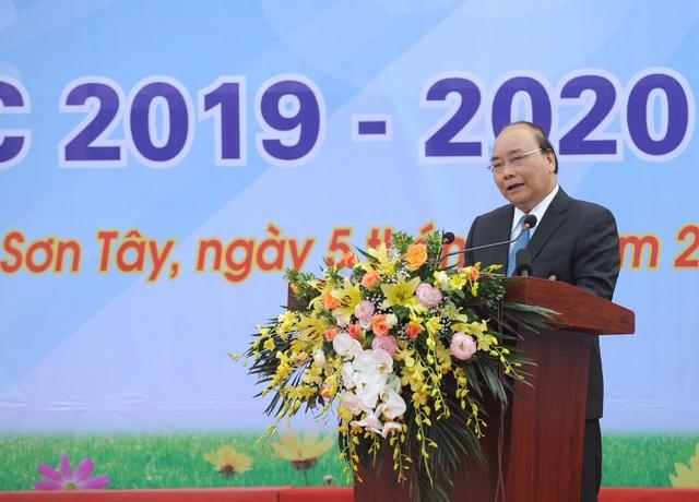 Thủ tướng Nguyễn Xuân Phúc: Dạy chữ đã quan trọng, dạy đức càng quan trọng hơn - 2