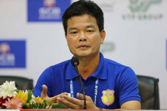 Ông Nguyễn Văn Sỹ: Án phạt với cổ động viên Nam Định là xác đáng - 2