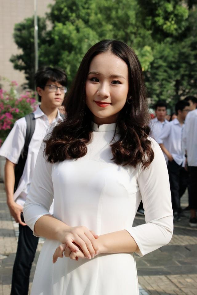 Nữ sinh Hà thành trong tà áo dài trắng gây thương nhớ ngày khai giảng - 11