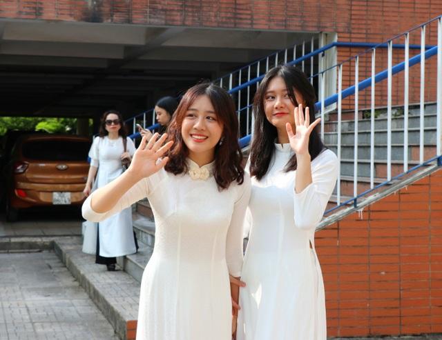 Nữ sinh Hà thành trong tà áo dài trắng gây thương nhớ ngày khai giảng - 12
