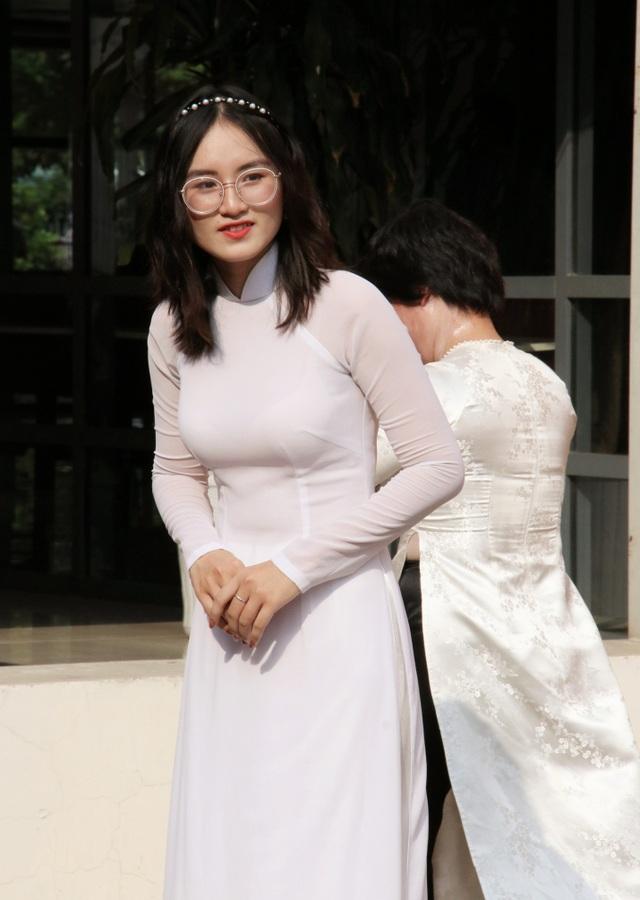 Nữ sinh Hà thành trong tà áo dài trắng gây thương nhớ ngày khai giảng - 13