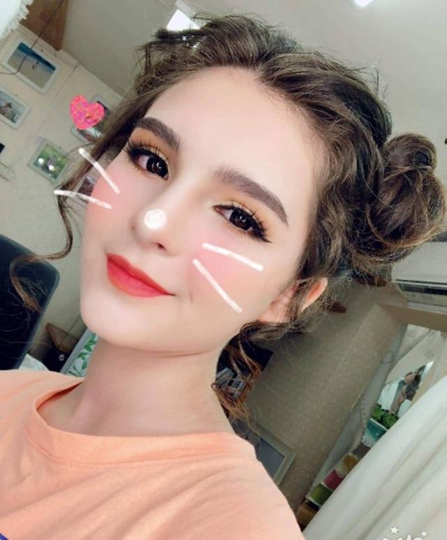 Bông hồng lai Việt - Nga xinh đẹp, hút hồn dân mạng  - 5