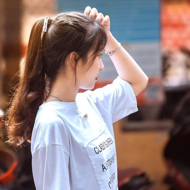 Nữ sinh Thái Nguyên bất ngờ nổi tiếng sau màn biểu diễn trong lễ khai giảng - 6