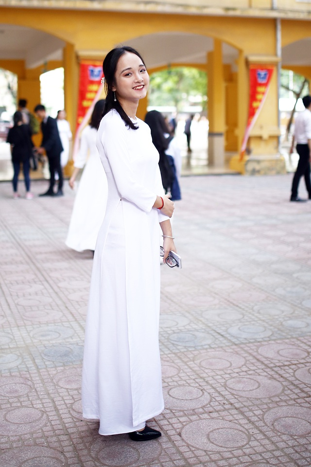 Nữ sinh Hà thành trong tà áo dài trắng gây thương nhớ ngày khai giảng - 6