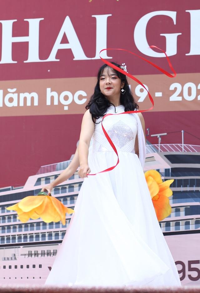 Nữ sinh Hà thành trong tà áo dài trắng gây thương nhớ ngày khai giảng - 7